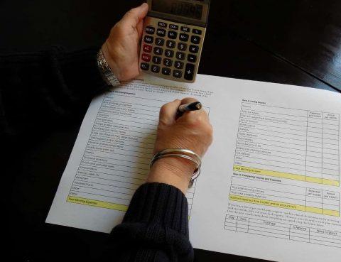 Ehegattenunterhalt bei günstigen Einkommensverhältnissen
