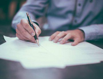 Voraussetzungen für wirksame Widerrufsbelehrung eines im Fernabsatz geschlossenen Kreditvertrages